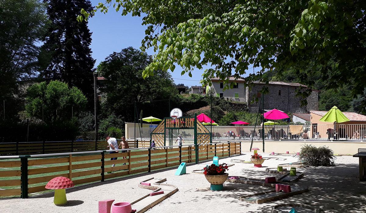 Camping - Le Retourtour - Lamastre - Rhône-Alpes - France