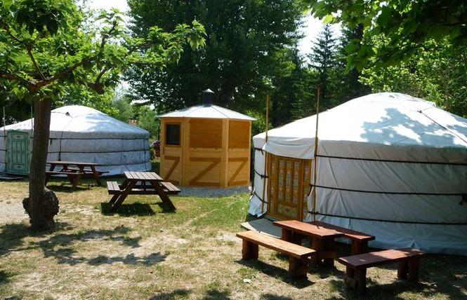 Camping - L'Isle-sur-la-Sorgue - Provence-Alpes-Côte d'Azur - La Sorguette