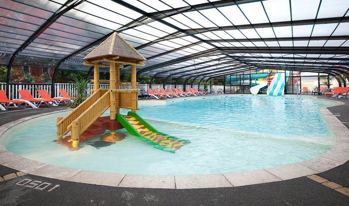Camping ile de r 206 campings sur l 39 ile de r comparer for Camping st palais sur mer avec piscine couverte