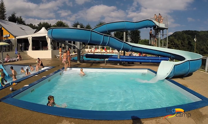 Camping auvergne toocamp for Camping massif central avec piscine