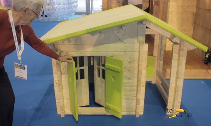 Cabane en bois pour les enfants
