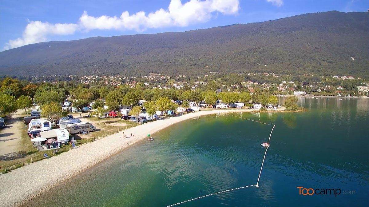 Camping le pecheur 2 toiles aix les bains toocamp for Camping lac du bourget piscine
