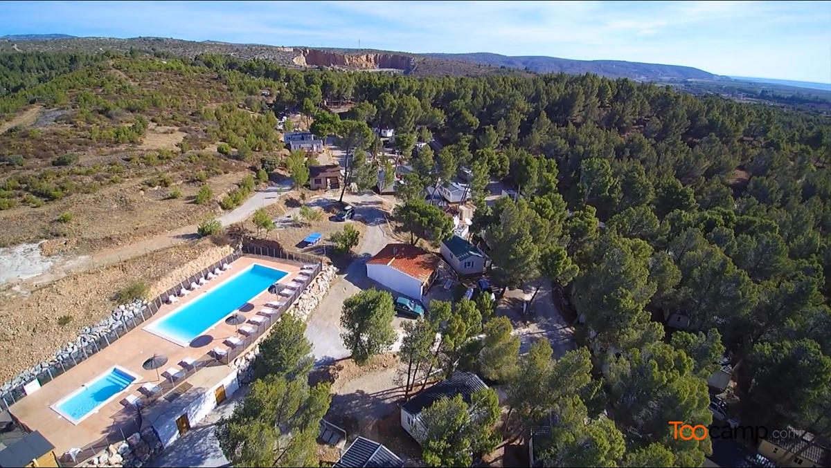 Camping - Salses-le-Château - Languedoc-Roussillon - Le Bois des Pins