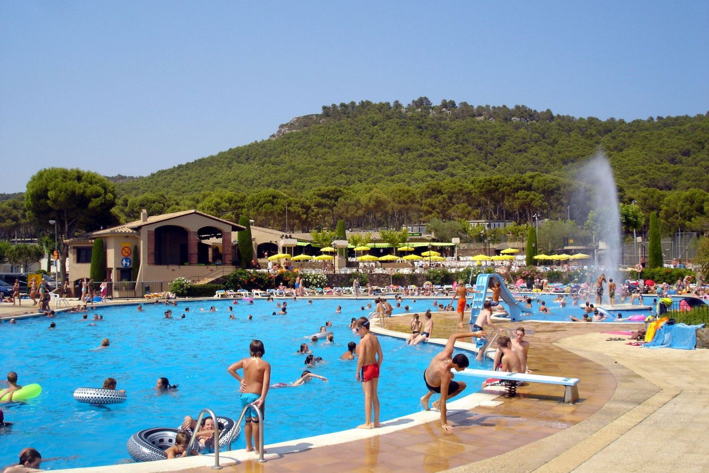 Camping - Estartit - Costa Brava - Castell Montgri