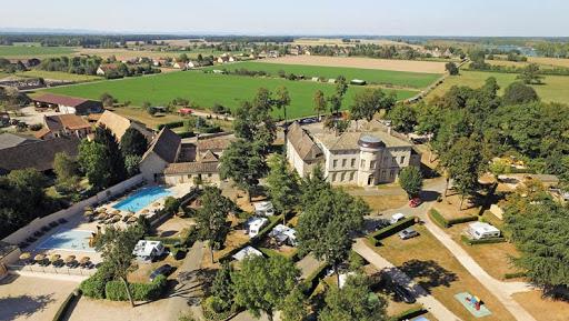 Camping - Gigny-sur-Saône - Bourgogne - Le Château de l'Epervière
