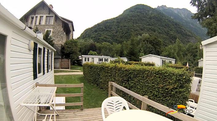 Camping - Le Bourg-d'Oisans - Rhône-Alpes - Le Château de Rochetaillée