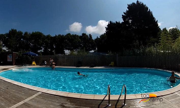 Camping du lac de la chausseli re 3 toiles la for Camping lac du bourget piscine