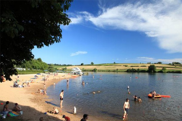 Camping - Arnay-le-Duc - Bourgogne - L'Etang Fouché