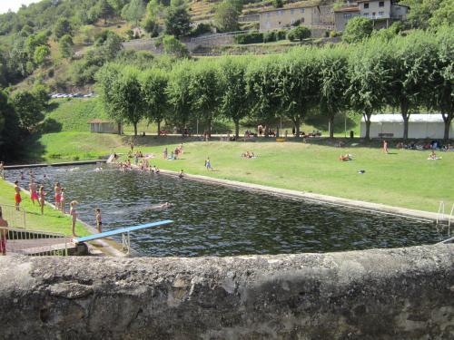 Camping - Satillieu - Rhône-Alpes - Le Grangeon