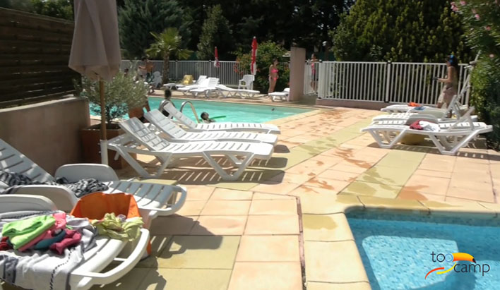 Camping - l'Olivier - Junas - Languedoc-Roussillon - France