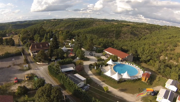 Camping les reflets du quercy 4 toiles crayssac toocamp for Camping cahors piscine