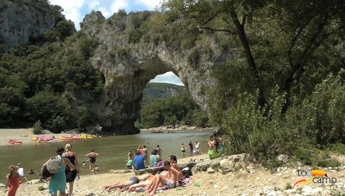 Camping - Laurac-en-Vivarais - Rhône-Alpes - Saint Amand