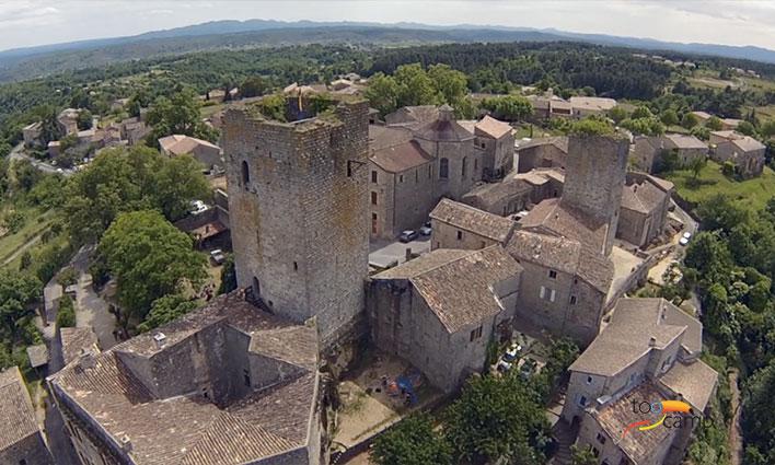 Un château médiéval en Ardèche en vidéo