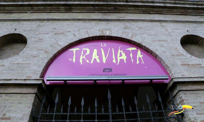 Ecouter un opéra à ciel ouvert au Macerata Opera Festival en Italie