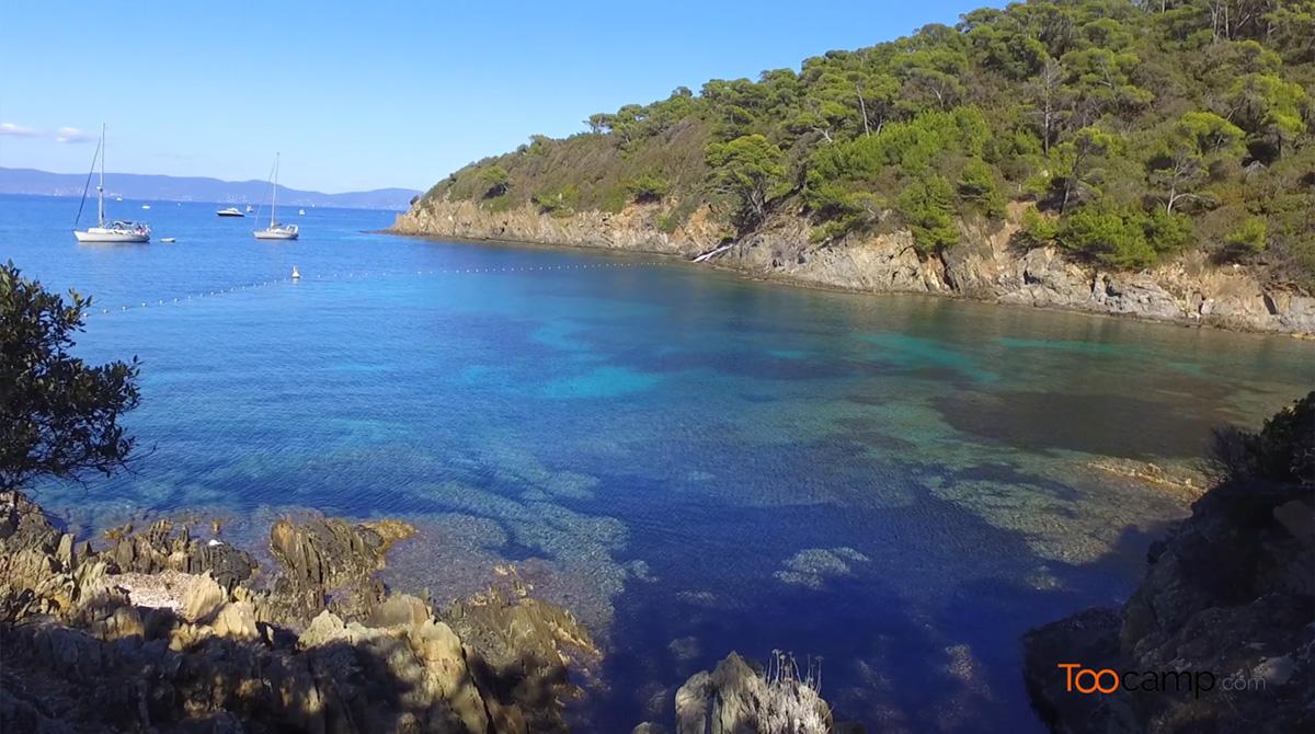 Les falaises de l'île de Port-Cros en vidéo