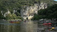 Camping - des Tunnels - Vallon-Pont-d'Arc - Rhône-Alpes - France